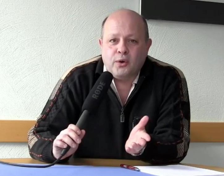 Dirk Hesse kündigt den Freiheitspreis Liberale Zukunft 2015 an