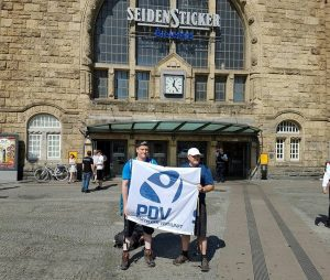 Es fährt ein Zug nach nirgendwo... ...und hält in Bielefeld.